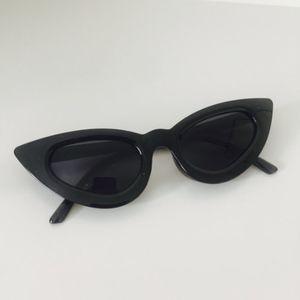 Slim Retro Cat Eye Sunglasses